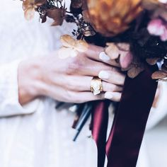 Summer vibes  and  golden shine  find season inspiration in store with MoonDome brass jewelry  . Photo credits @deryavoelzke . . . . #35mm #fujifilm #filmforever #analogue #analoguevibes #fineartbride #portrait #bridal #brautportrait #bohemian#bridal #bohobraut #bohemian #wedding  #brass #sumner #goodvibes #crystals #moondome_jewelry #minerals #gemstones #jewelry #accessories #inspiration #boho#bohobride #bridalinspiration #weddinginspo #makeportraits #deryavoelzkefotografie #moondome_uk