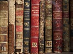 9. Wallet - 12 Wonderful Ways to Upcycle Books ...