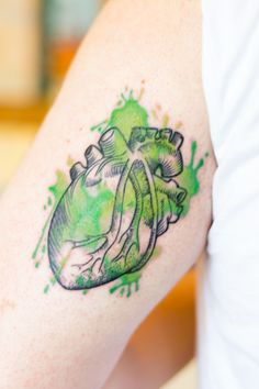 After 1 year living in Ireland I had my heart painted of green (and always will be). Done by Stefan, in Wildcat Ink. Dublin, Ireland.