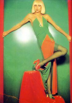 Marie Helvin in Yuki, Vogue, 1976 vintage fashion designer couture 70s green red model magazine slinky disco Studio 54 dress long maxi hostess gown sexy skinny column deco print