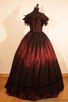 1850's evening dress, crinoline ball gown. Bodice : Truly Victorian TV442