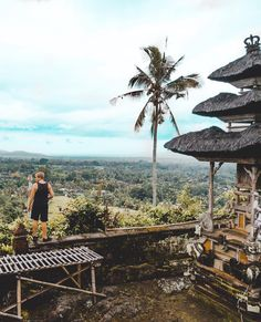 If this would be a woman in bikini showing her ass it would get a thousand likes. #theniqlas #explorebali