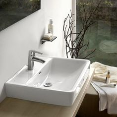 Laufen Pro A White Wall Hung Basin With A Tap Hole 600x480x170mm