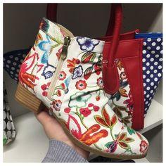 272c193384d Bonnie Floral Multi White Blanc Laura Vita Boots  LauraVita  floral  shoes   boots