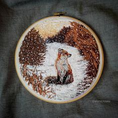 Ideas embroidery hoop crafts needlework for 2019 Embroidery Hoop Crafts, Simple Embroidery, Embroidery Patterns Free, Modern Embroidery, Hand Embroidery Patterns, Embroidery On Clothes, Cross Stitch Embroidery, Embroidery Kits, Thread Painting