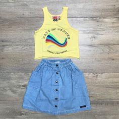 ☀️ ✯ A sunny outfit for a sunny Saturday  www.rebelloa.nl #rebelloa #rebelloaforkids #amondayincopenhagen . .  #kindermode #kinderkleding #kinderkleren #kindermusthaves #kindermodeblog #kidsclothing #kidsfashion #fashionkids #igkiddies #instakids #kidzootd #kidsstyle #streetwear #coolkids #coolkidsclub #coolkid #kinderkledingwinkel #kinderkledingwebshop #stoerekinderkleding #hippekinderkleding #kinderkledinginspiratie #flatlay #outfitofthedaykids #ootdkids #kidootd Cool Kids Club, Kids Z, Fashion Kids, Overall Shorts, Summer Days, Rebel, Must Haves, Outfit Of The Day, Streetwear