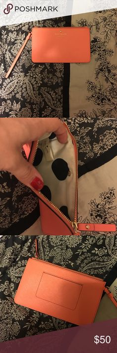 Kate Spade Wristlet This is a NWOT wristlet. It was a gift and has never been used. Offers are welcome! kate spade Bags Clutches & Wristlets