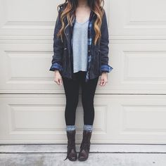 Gray t shirt + plaid + military jacket + black jeans + gray socks + combat boots