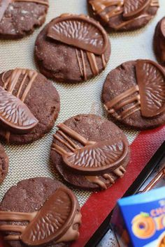 Chocolate Orange Shortbread Cookies - Jane's Patisserie Chunky Chocolate Chip Cookies, Terry's Chocolate Orange, Janes Patisserie, Shortbread Cookies, Desserts, Recipes, Food, Chocolate Chip Cookie, Tailgate Desserts