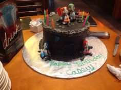 Castle Crashers cake