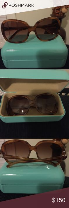 Tiffany & Co Tortoise Sunglasses like new Authentic Tiffany &Co sunglasses. Brown Tortoise frames. Signature Silver Tiffany hearts on temples of frames. Classic sunglasses. Comes with box , case, cleaning cloth, original paper work. ✅price firm✅ glasses like new Tiffany & Co. Accessories Sunglasses