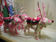 Victoria's Secret PINK Dogs for Christmas time lol Cute Pink, Pretty In Pink, Bright Pink, Vs Pink, Christmas Window Display, Display Window, I Believe In Pink, Pink Nation, Pink Bedding