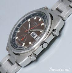 美品【SEIKO/セイコー】【自動巻1ツ目クロノグラフ】【Ref.6139-6010】【ブラウンダイヤル/トノーケース】1979年製 w-20085 | 全商品 | アンティーク時計販売・修理専門店|株式会社スイートロード Omega Watch, Rolex Watches, Smart Watch, Accessories, Smartwatch