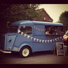 Sophie from Teahee and her amazing Citroen minibus Jean-claude. Fantastic idea. http://thefoodiebugle.com/article/eating-out/jean-claude-travelling-adventures-of-teahee