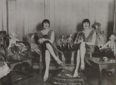 """"""" holdthisphoto: """" The Dolly Sisters in Paris, 1927 """" 1927 """" Dolly Sisters, Rose And Rosie, Ziegfeld Follies, Sister Act, Silent Film Stars, Two Ladies, Roaring Twenties, Old Pictures, Fashion History"""
