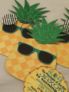 Party Like A Pineapple Hawaiian Luau Invitations Birthday Baby Shower Pocket…