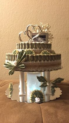 Rustic money cake