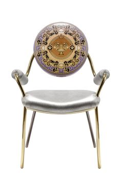 Dolce Vita The leather chair accessories Gods Cup and gold metal setting out the reasons for expensive antique home Versace (Versace Home)