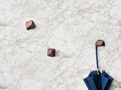 Carta da parati effetto pietra in tessuto non tessuto MARBLE Collezione Marble by ferm LIVING