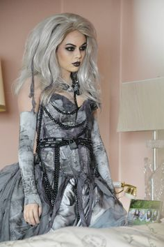 Do you love Mona's new look? Don't miss the #PLLChristmAs Special Tuesday, December 9 at 8pm/7c on ABC Family!