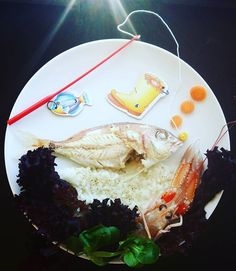 Oops! The big Fish! #fish #foodart #cutefood #funfood #kids #kidsfood #partyfood #edibleart #donkeyandthecarrot