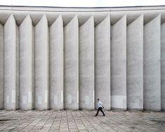 @SocialistModernism Kino Kijow (Kiev Cinema) Krakow, Poland, Built in 1960-65, Architect: Witold Cęckiewicz © BACU @_ba_cu #socialistmodernism #_ba_cu
