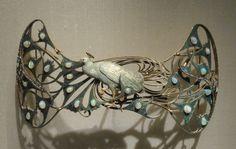 Lalique - Ornement de Corsage Paon