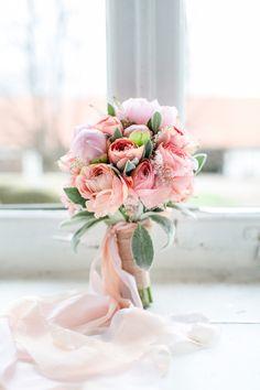 Bouquet // Apricot