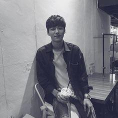 Seo Ji Hoon [170901] Asian Actors, Korean Actors, Woo Young, Ulzzang Boy, Kpop Boy, Cute Boys, Kdrama, Fangirl
