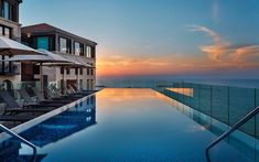 The rooftop infinity pool at Tel-Aviv's The Setai hotel has the best sunset views overlooking the Mediterranean in all of Israel. Beach Hotels, Hotels And Resorts, Mykonos, Prison, Piscina Hotel, Tel Aviv Hotels, Tel Aviv Beach, Spa Treatment Room, Restaurants
