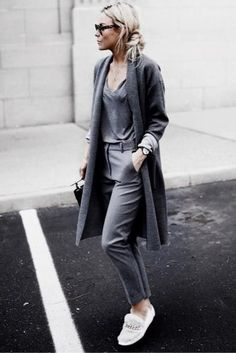 With the cooler months in mind, long cardigan outfits are back on the style scene and better than ever. Here are stylish long cardigan outfits you must see! Cute Comfy Outfits, Casual Fall Outfits, Chic Outfits, Winter Outfits, Summer Outfits, Fashion Outfits, Fashionable Outfits, Women's Fashion, Fashion Hacks