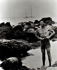 Errol Flynn Picture - Photo of Errol Flynn - FanPix.