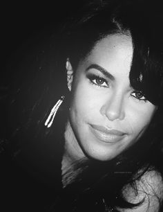 AALIYAH; a beautiful proof that badass comes in various forms, even one as gentle as her's. ❤️