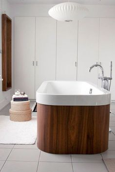 7 CREATIVE BATHTUB DESIGNS - Non stop Fashions