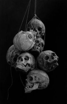 skulls painting by cindy wright but maybe.make a macabre halloween chandelier and put tea lights in the eye sockets. Memento Mori, Diy Halloween Party, Pirate Halloween Decorations, Halloween Skull, La Danse Macabre, Skull Reference, Totenkopf Tattoos, Bild Tattoos, Human Skull