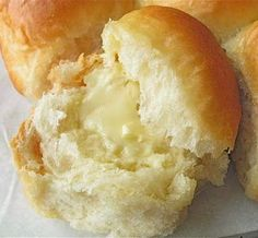 Golden Pull-Apart Butter Buns | Sweet Recipes Food