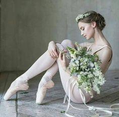 Vaganova Ballet Academy student Daria Ionova, photographed by Darian Volkova