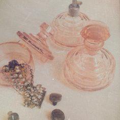 """Mi piace"": 1,367, commenti: 81 - Elisa Bellino THELADYCRACY.IT (@elisabellino) su Instagram: ""petites joies #vintagestyle #vintagelove #bijouxlovers #grannytime #grannystyle #vintagejewelry…"""