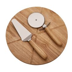 Personalized Personalize with Text Pizza Cutting Board with a Set of Stainless Steel Cutting Tools 14 inch Diameter slices) Glass Cutting Board, Wood Cutting Boards, Wood Pizza, Best Anniversary Gifts, Anniversary Ideas, Wedding Anniversary, Butcher Block Wood, Bamboo Board, Bodo