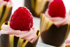 Close-up of those delicious raspberry chocolate cups!