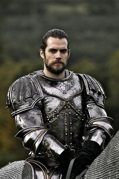 My knight in shining armor--Henry Cavill as Charles Brandon, Lord Suffolk - The Tudors Charles Brandon, Armadura Medieval, Knight In Shining Armor, Knight Armor, Wolf Knight, Dark Knight, Medieval Armor, Medieval Fantasy, Medieval Knight