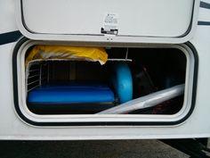 Séparateur dans le coffre de rangement R Pod, Camping, Storage Trunk, Storage, Stuff Stuff, Campsite, Campers, Rv Camping