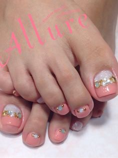 Feet Nail Design, Pedicure Nail Designs, Toe Nail Designs, Manicure And Pedicure, Pretty Pedicures, Pretty Nails, Nail Parlour, Airbrush Nails, Diva Nails