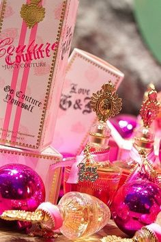 fave perfume, along with the original juicy couture scent Viva La Juicy Perfume, Dani Martinez, Juicy Couture, Couture Perfume, Perfume Body Spray, Sent Bon, Everything Pink, Smell Good, Girly Things