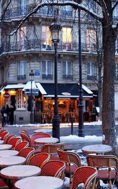Beautiful Île Saint Louis, Paris (by Paris in Four Months on Flickr)