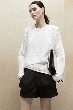 Helmut Lang Pre-Fall 2014 - Runway Photos - Fashion Week - Runway, Fashion Shows and Collections - Vogue Helmut Lang, Black And White Outfit, Black White, Fashion Show, Fashion Design, Runway Fashion, Jil Sander, White Fashion, Knitwear