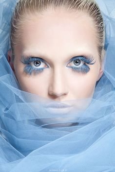 20 Ideas For Makeup Light Blue Lashes Beauty Makeup, Eye Makeup, Hair Beauty, Make Up Art, Maquillage Halloween, Fantasy Makeup, Blue Fashion, Beautiful Eyes, Shades Of Blue