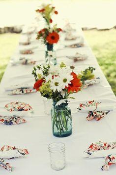 daisies and mason jars