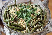 Thai Style Green Beans - A Beautiful Mess - seasoned with honey, rice wine vinegar, creamy pb, sesame oil, red pepper, garlic and ginger and topped chopped peanuts