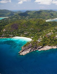 Experience the extraordinary in the Seychelles: View paradise from a new perspective with a personalized art class atop a mountain plateau.